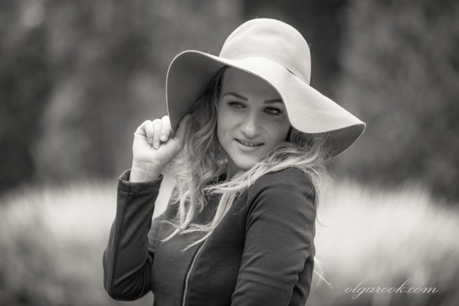 Photo of a lady wearing a hat