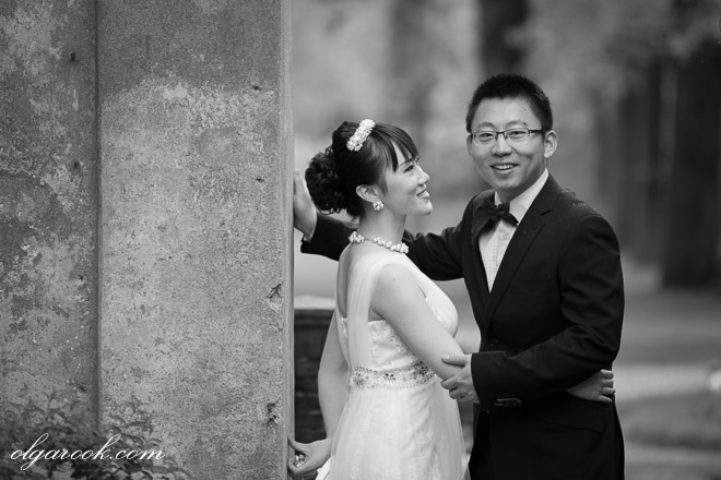 Black and white portrait of a Chinese couple in a park
