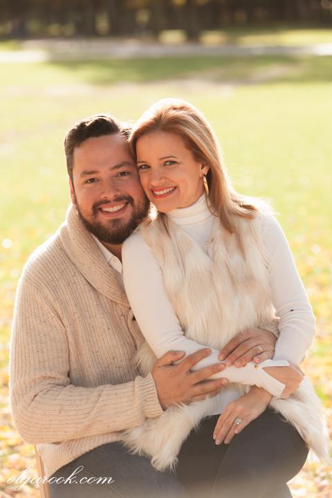 romantic portrait of a couple in an autumn park
