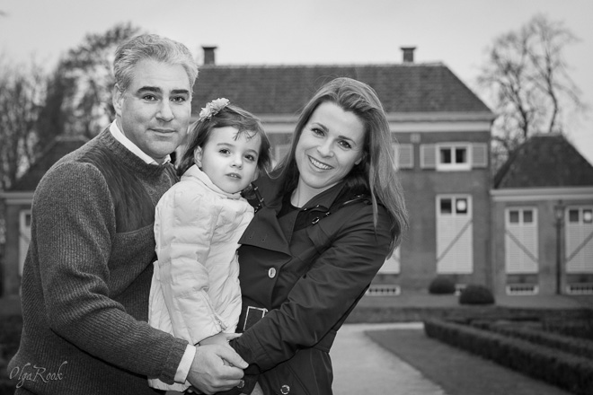 family portrait in a park in Rotterdam