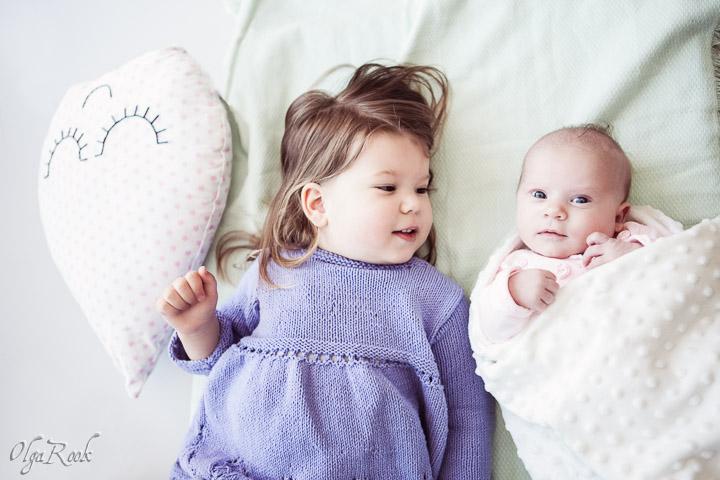fotosessie-zusjes-thuis-3