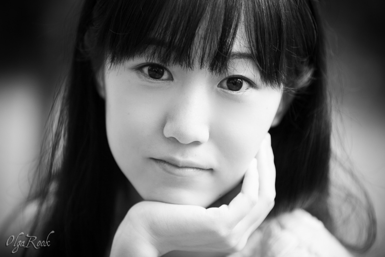classic black and white portrait of a beautiful Chinese girl
