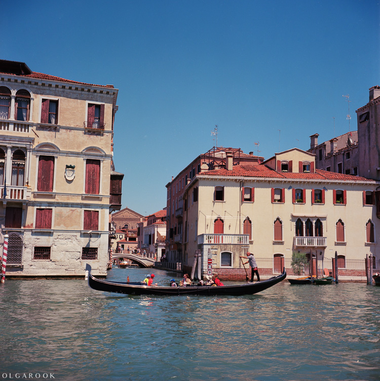Olga_Rook_Venice_analogue_medium_format_film-10
