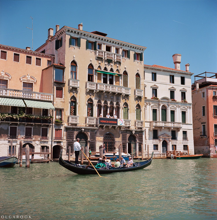 Olga_Rook_Venice_analogue_medium_format_film-12