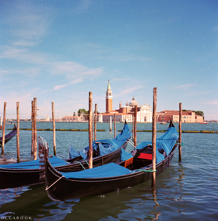 Olga_Rook_Venice_analogue_medium_format_film-13