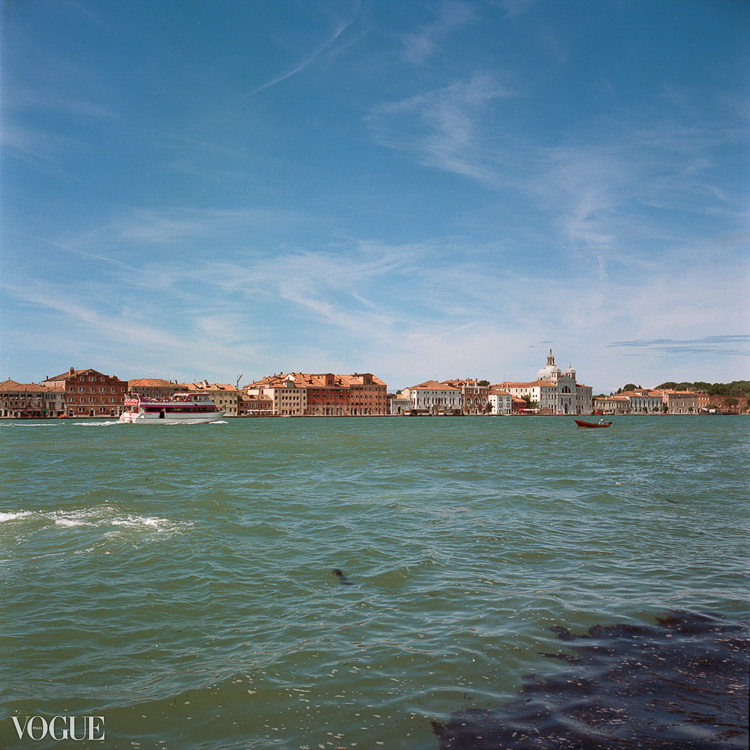 Olga_Rook_Venice_analogue_medium_format_film