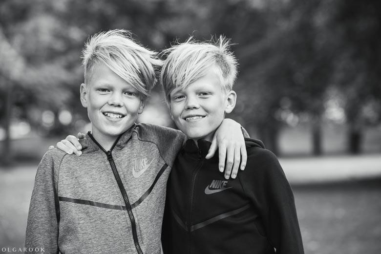 tweeling-fotoshoot-Rotterdam-16