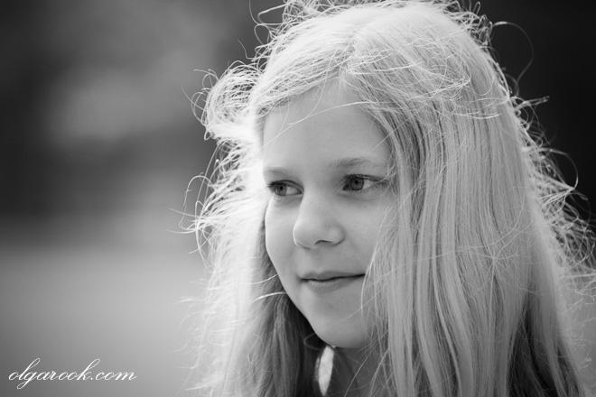 klassiek en romantisch portret van een blond meisje