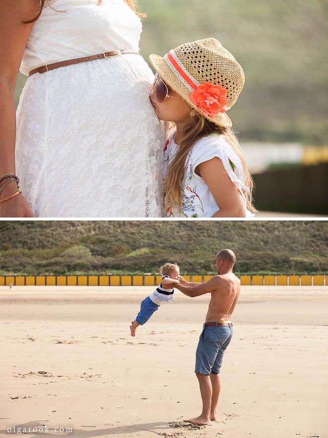Foto's van een gezin met kleine kinderen op een strand