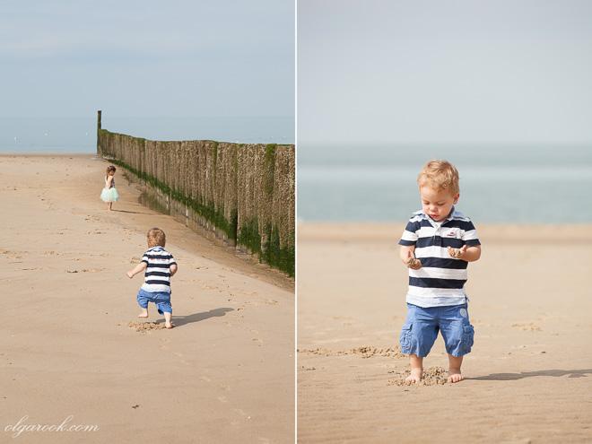 foto's van kindjes op het strand