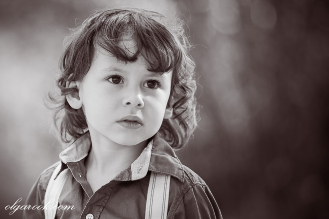 A romantic and nostalgic child portrait