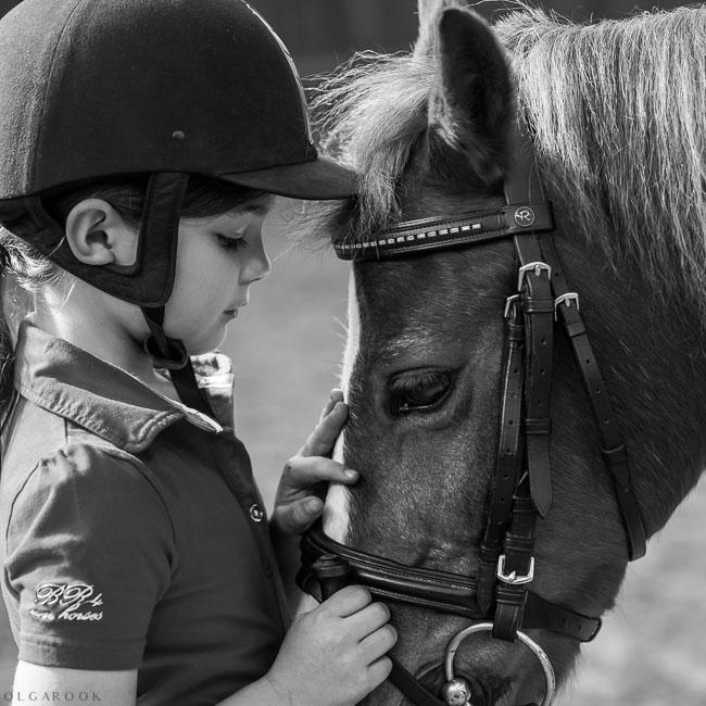 kinderfotografie-paard-manege