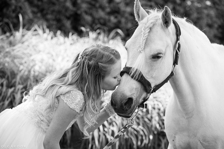kinderportret_met_paard_OlgaRook-12