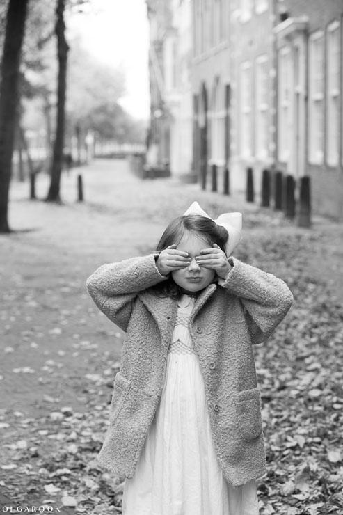Tijdloze kinderportret in het centrum van Delft