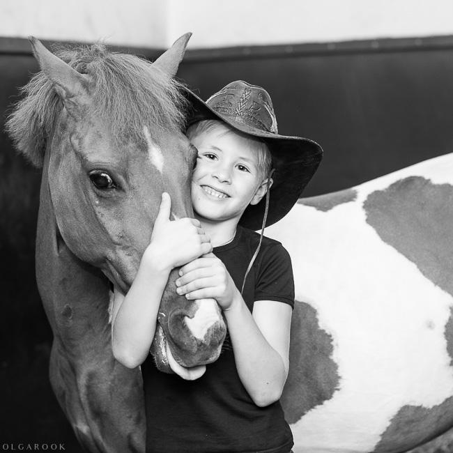 fotoshoot-kind-met-paard-OlgaRook-13