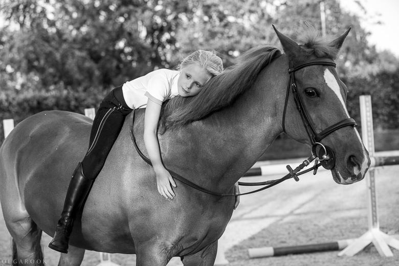 fotoshoot-kind-met-paard-OlgaRook-22