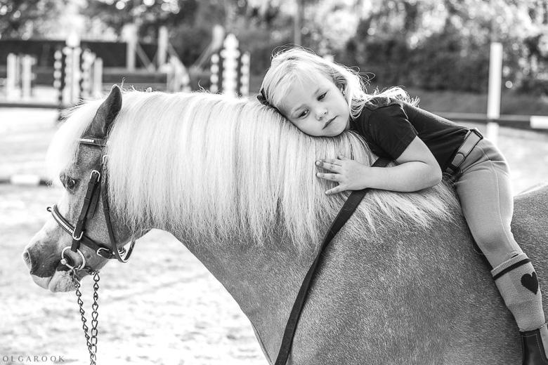 fotoshoot-kind-met-paard-OlgaRook-24