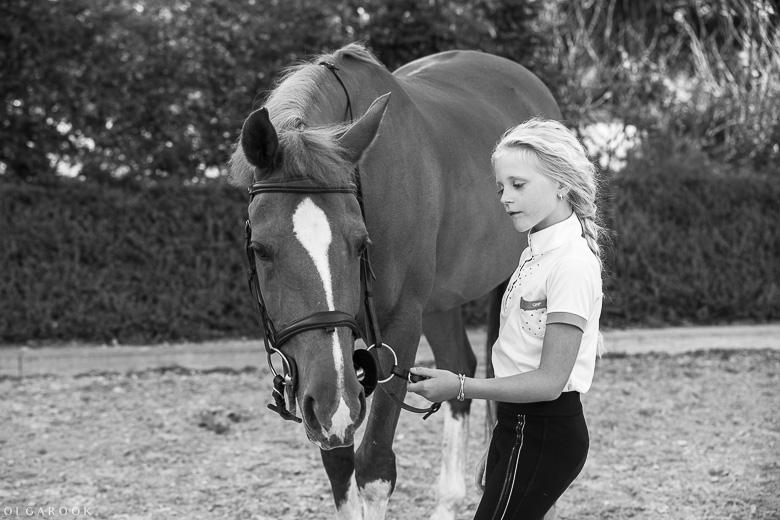 fotoshoot-kind-met-paard-OlgaRook-3