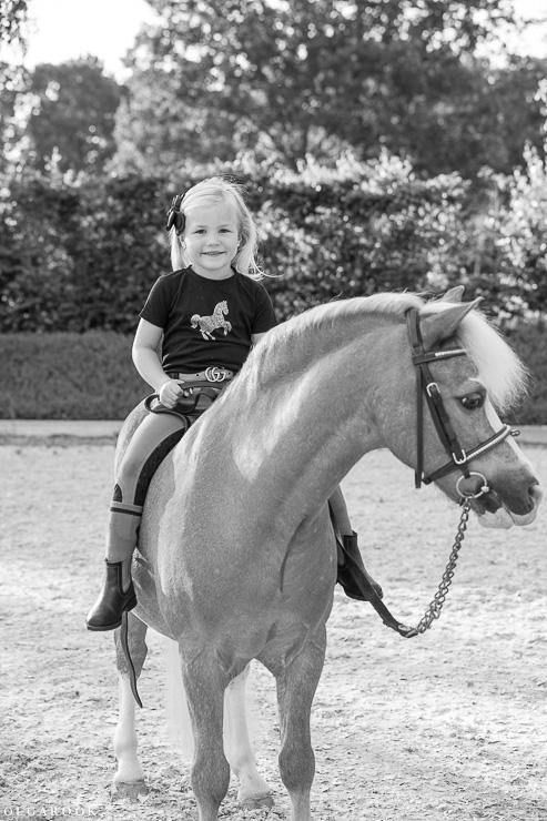 fotoshoot-kind-met-paard-OlgaRook-4