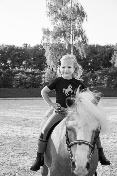 fotoshoot-kind-met-paard-OlgaRook-5