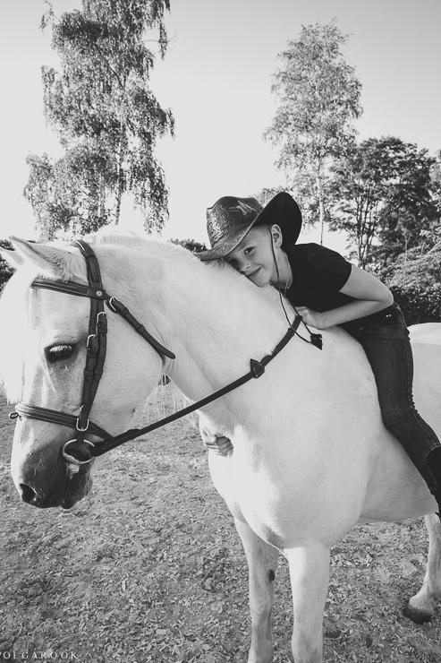 fotoshoot-kind-met-paard-OlgaRook-7